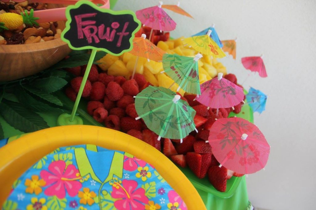Ideas for hosting a luau birthday party for a kid – A Cupful